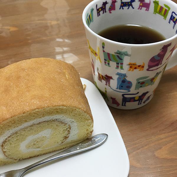 アモのロールケーキ